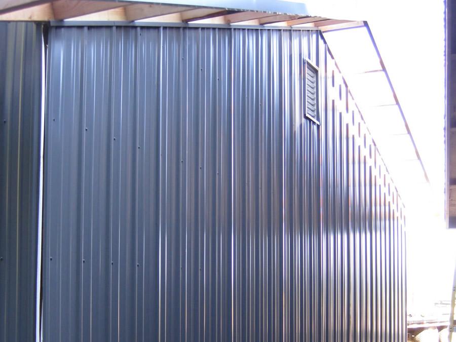 Endwall with metal
